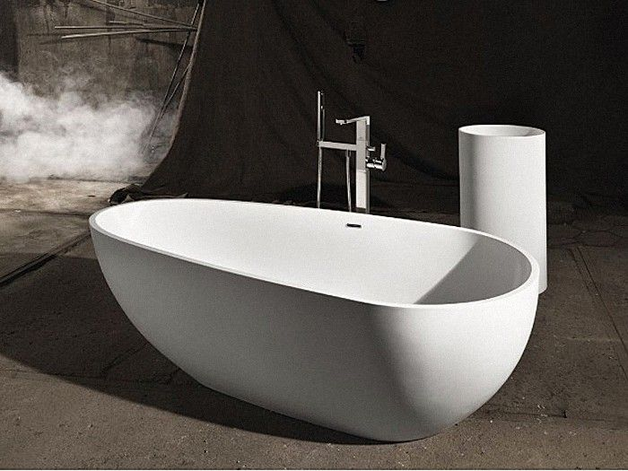 Jolanda Freestanding Stone Bath