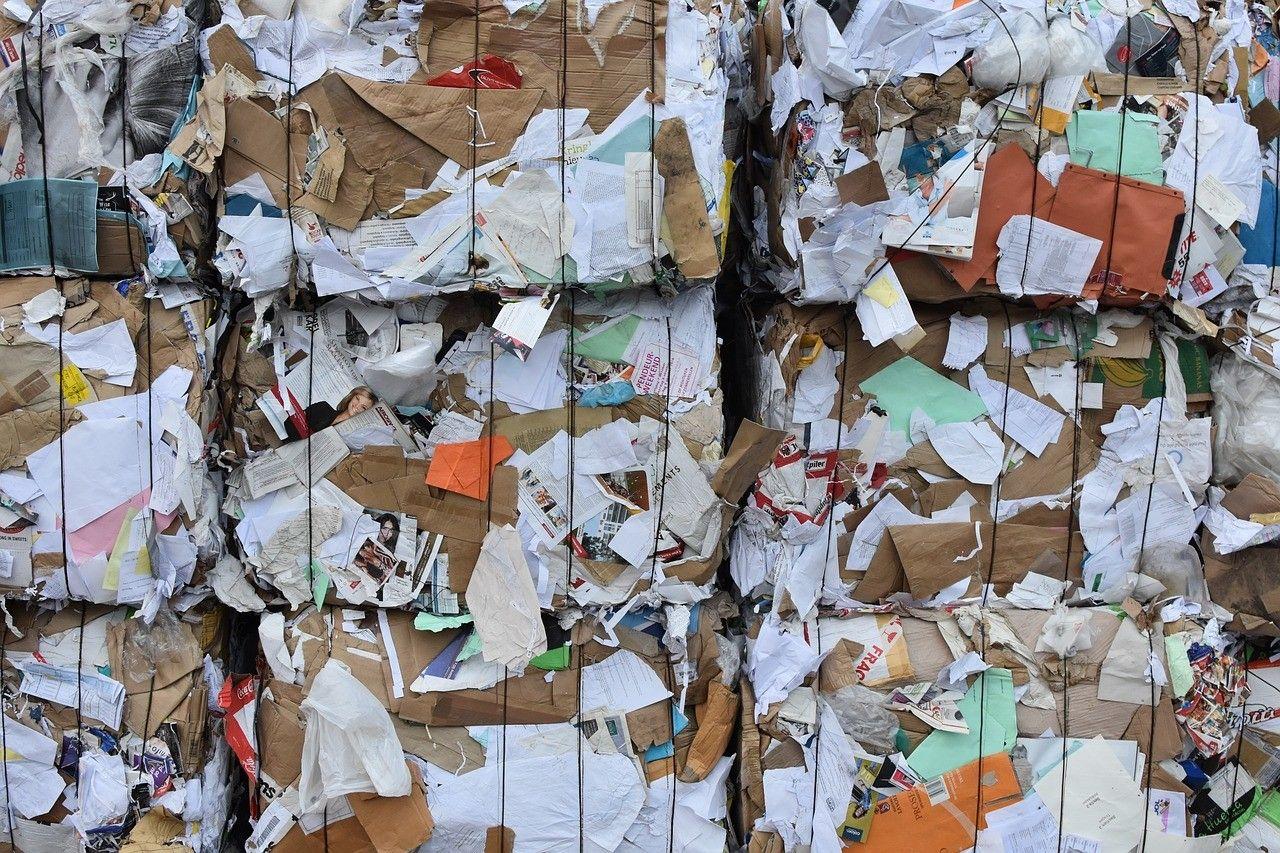 تدوير نفايات الورق Recycling Chip Bags Plastic Pouch