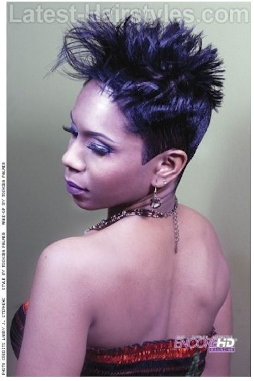 19 Short Natural Hairstyles For Black Women Hot On Instagram In