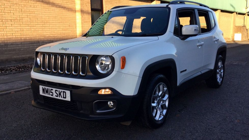 Jeep Renegade Longitude Estate Petrol In White 2015 Image 8