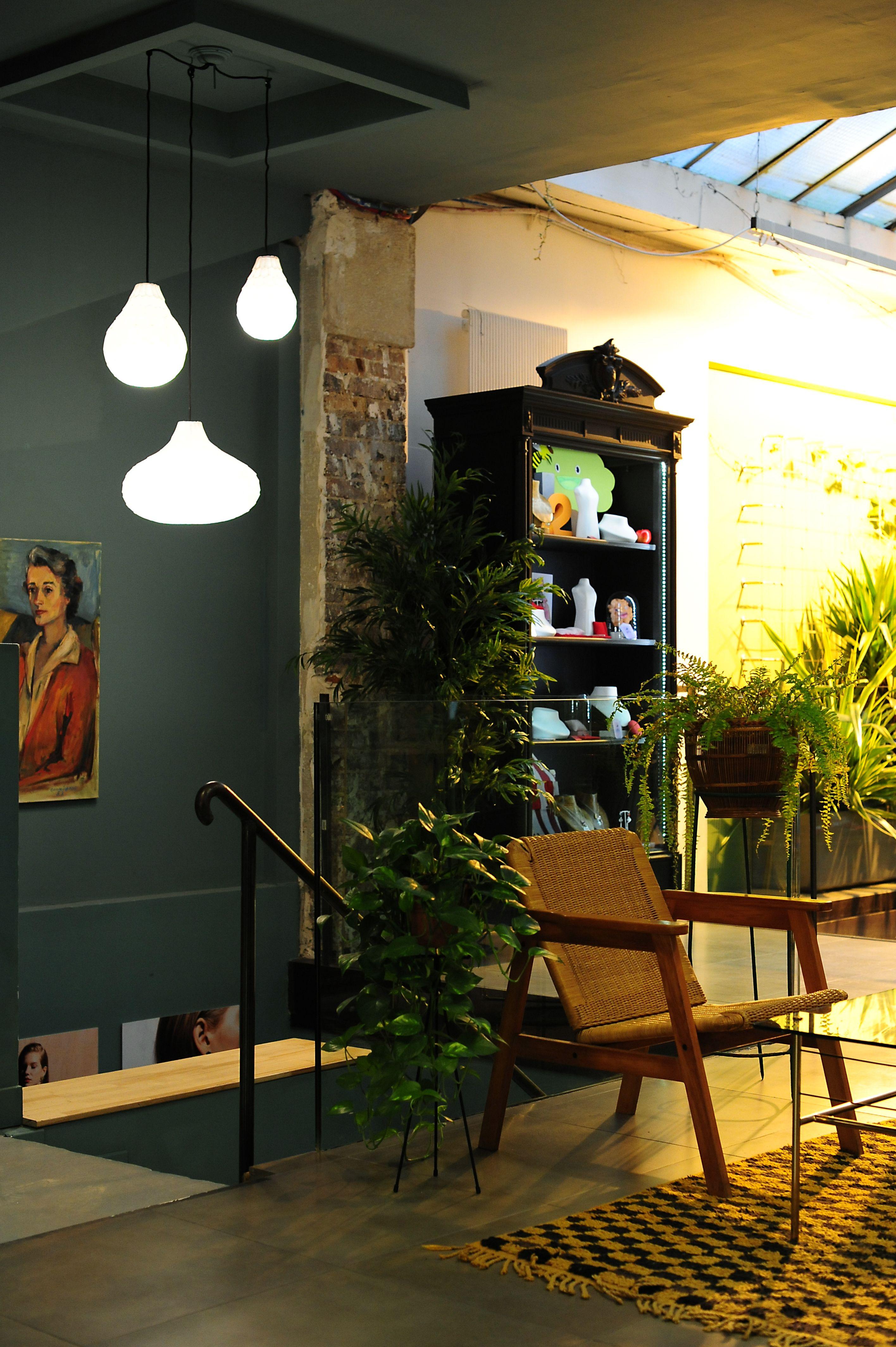 Boutique Les Néréides Paris décoration intérieure meuble vintage