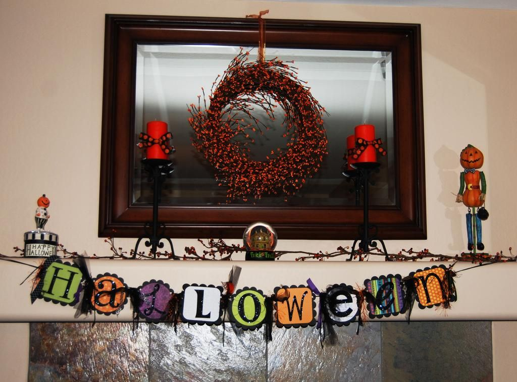 Halloween decorations  IDEAS ; INSPIRATIONS Halloween mantel - cheap halloween decor ideas