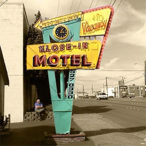 Mint, gold and pink: Series: Retro Motels of Highway 99™ ➡ Klose-In Motel ⬅ ⬅ - @jackdenver