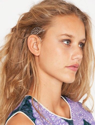 Not gonna lie; I kind of want one :: Wing ear cuff