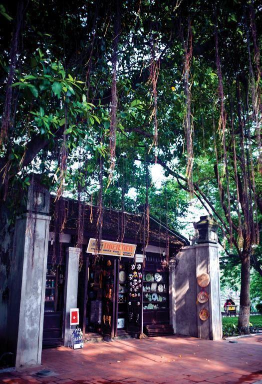 Temple of Literature of hanoi 3