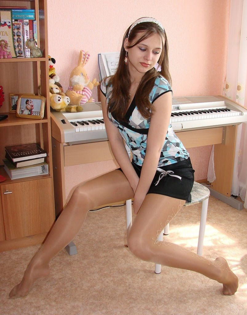 In Pantyhose Lover 33