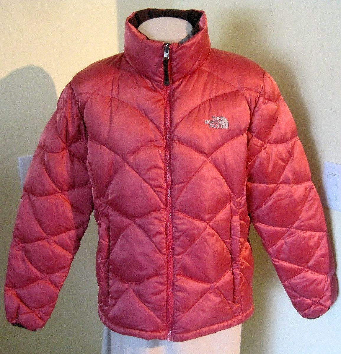 The North Face Ladies Jacket (Pre-owned Women's 550 Goose Down Red ...