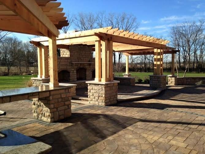 This Beautiful Columbus Ohio Outdoor Oasis Was Created By Peabody S Landscaping Using The Following Cambridge Outdoor Oasis Patio Outdoor Oasis Outdoor Living