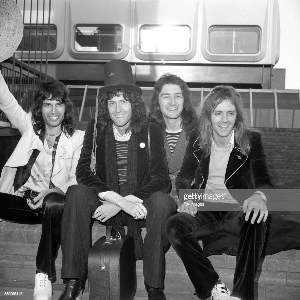 The Four Members Of The Rock Band Queen Arrive Back From Their Tour Queen Pictures Queen Photos Queen Freddie Mercury