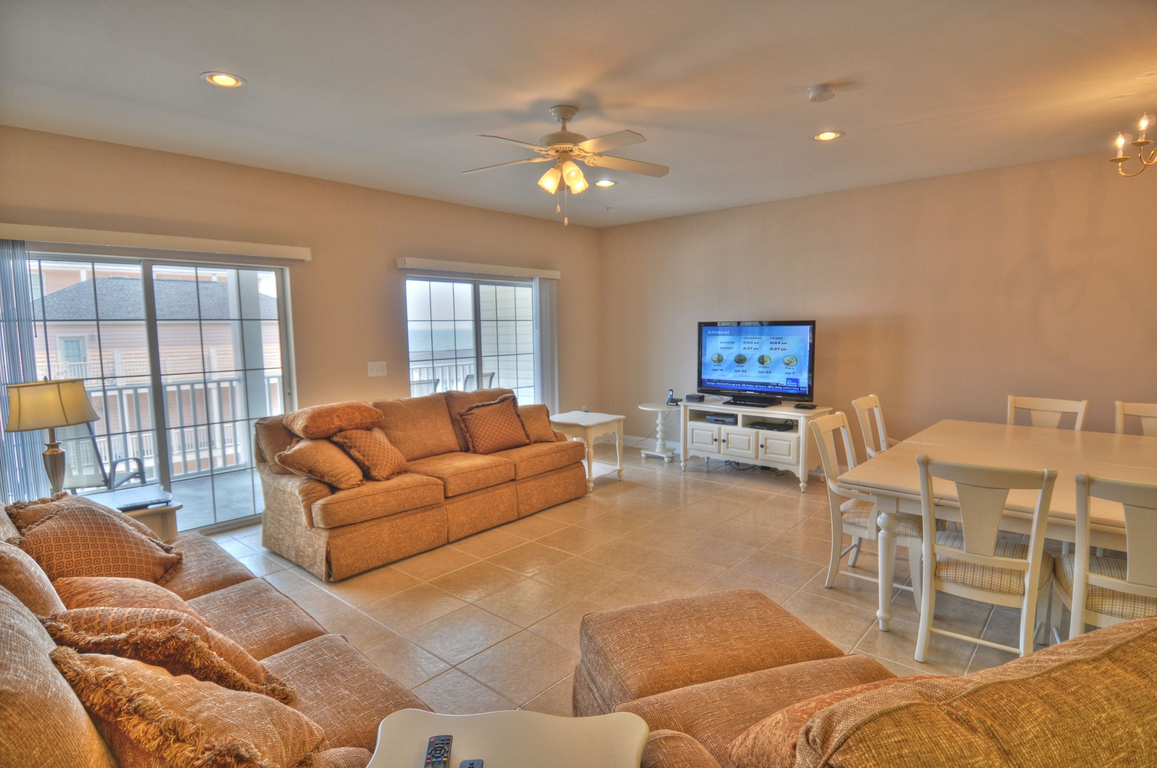 Luxurious Coconut Grove vacation condo rental in North Myrtle Beach ...