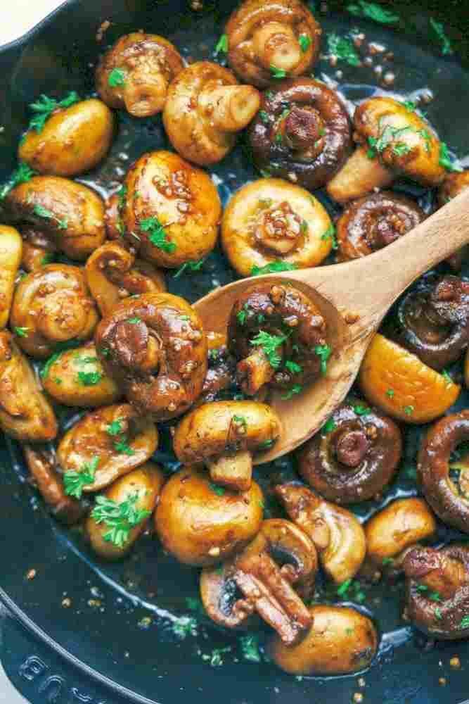 Honig-Balsamico-Knoblauch-Pilze - Rezepte de #grilledporksteaks