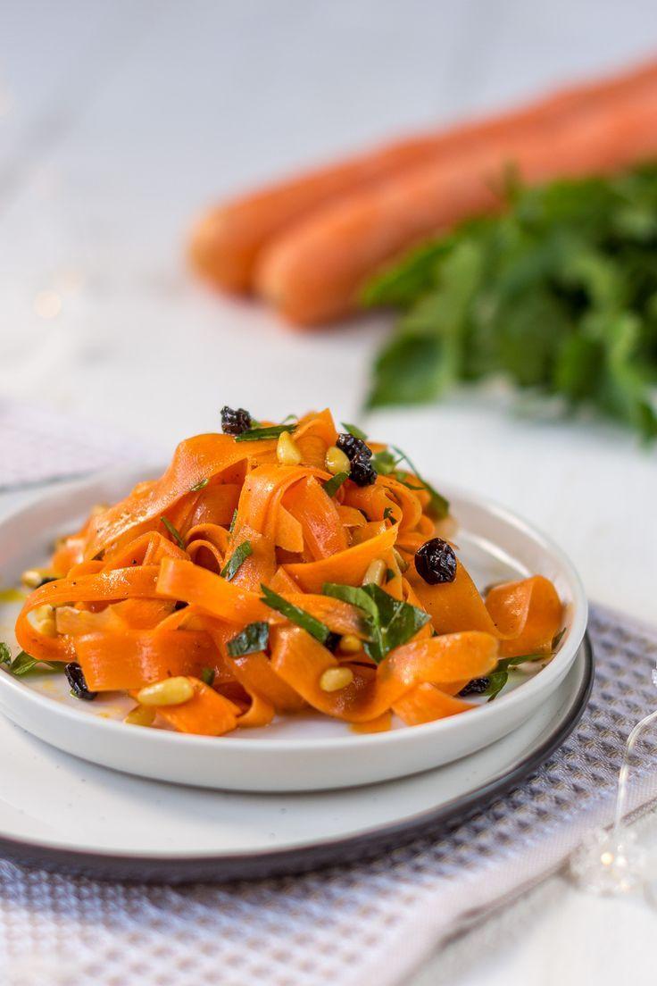 Photo of Orientalischer Karottensalat mit Curry und Rosinen