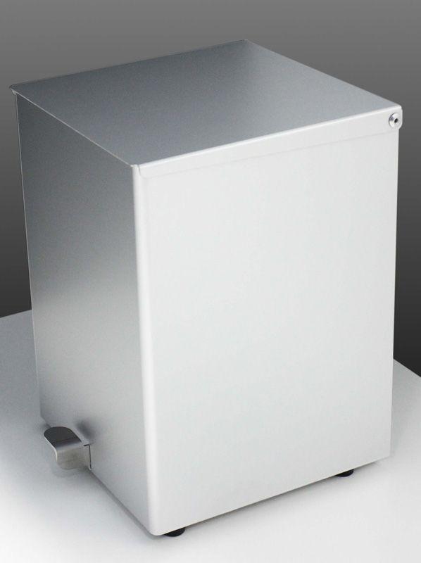 Pattumiera a pedale - #arredamento #furniture #accessori #bagno #wc #mobili #bagno #acciaio #inox #cromoterapia #vetro #sanitari #lampade #moderno #azienda #lusso #specchi #cristallo #arredobagno #rubinetteria #vasca #docce #doccia #italian #style #italia #italy #produzione #industria #lavabi #piani #design #soffioni #boxdoccia #box #madeinitaly #made #bathroom #bath #stainless #steel #shower #head #led #light #modern #mirror #taps #rain #waterfall #pioggia #cascata #industrial #product