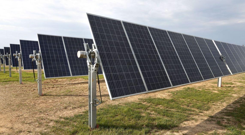 Regulators Approve 39 6m Solar Facility At Oceana Naval Station Solar Solar Farm Oceana