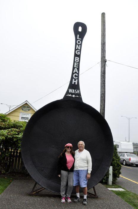 World S Largest Frying Pan Long Beach Wa