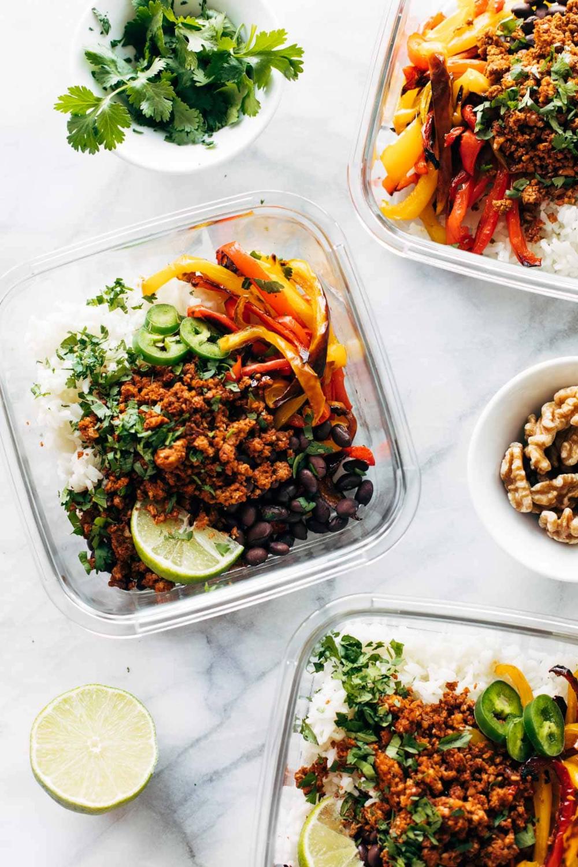 Easy Vegan Burrito Bowls Pinch Of Yum Recipe In 2020 Vegan Burrito Recipes Vegan Burrito Bowls