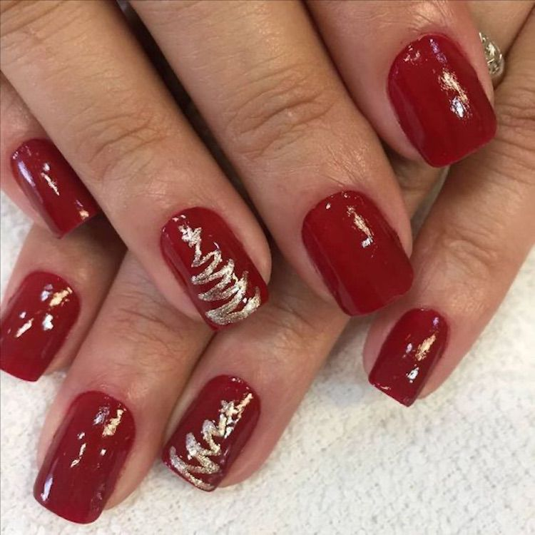 30 Amazing Nail Art Design For Your Christmas Or New Year 2020 With Images Christmas Gel Nails Cute Christmas Nails Christmas Nails