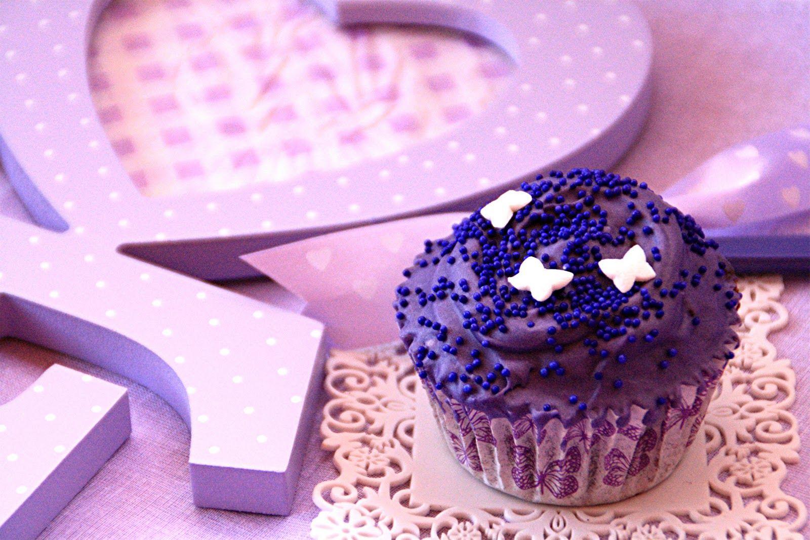 Marshmallow & Chocolate Cupcakes
