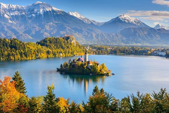 Pin By Winkyrat On Globe Trotting In 2020 Lake Bled Day Tours Trip