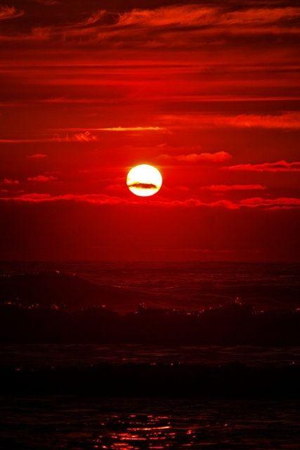 Red Sunset- love this! @Valspar_Paint #BoardToBrush #ValsparBoardtoBrush