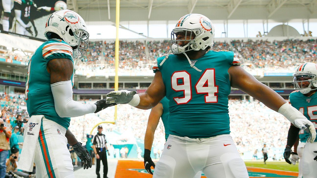 Miami Dolphins' punter, kicker pull some trickery on