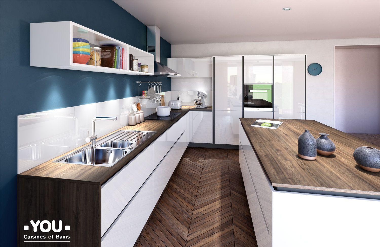 cuisine blanche sans poign e plan de travail tons bois fonc parquet en chevrons dans la. Black Bedroom Furniture Sets. Home Design Ideas