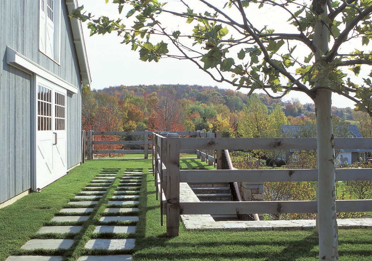 Rooster Hill Farm- Paddock and Barn