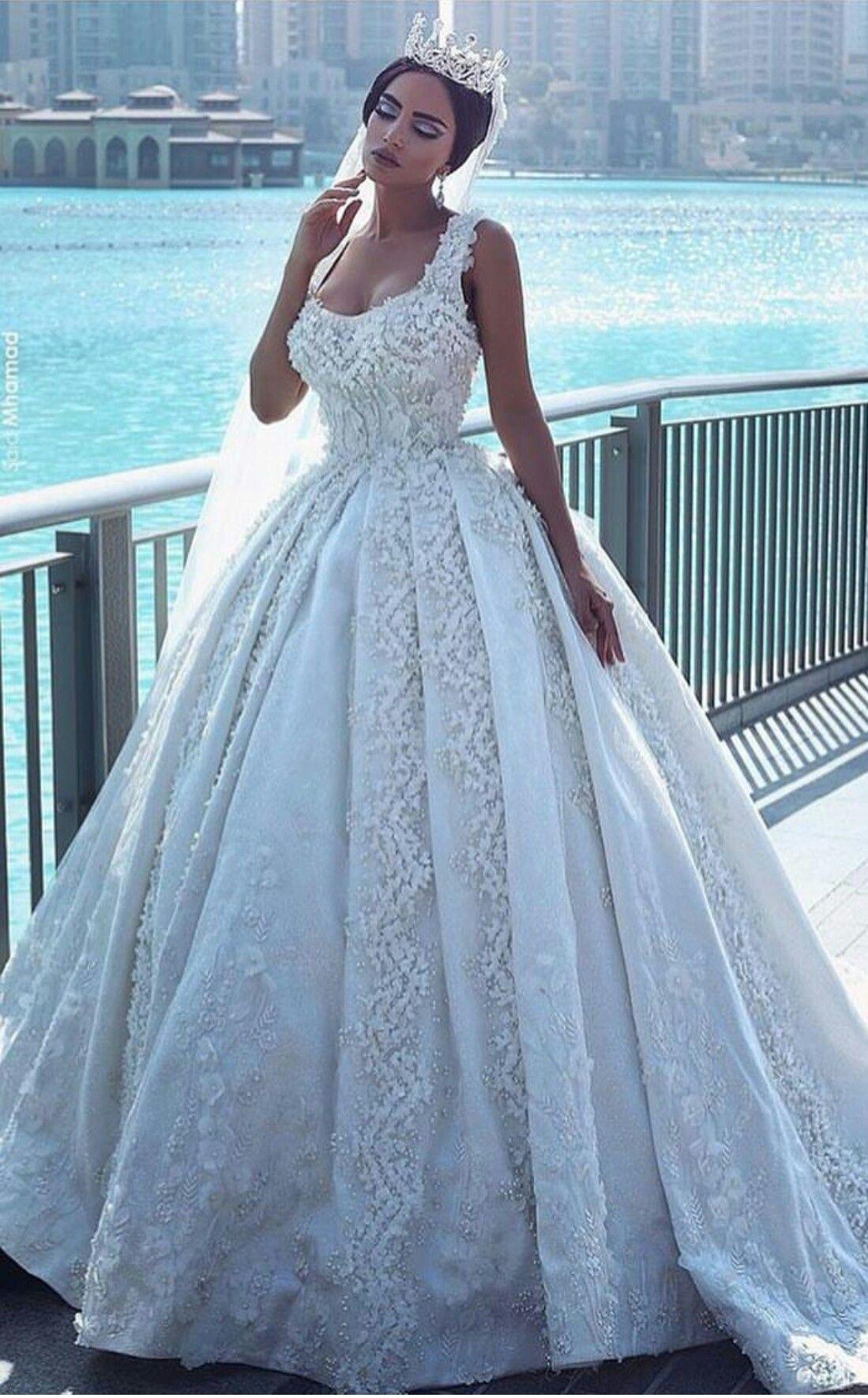 Pin de Elizabeth cook en wedding dress and accessories and ...