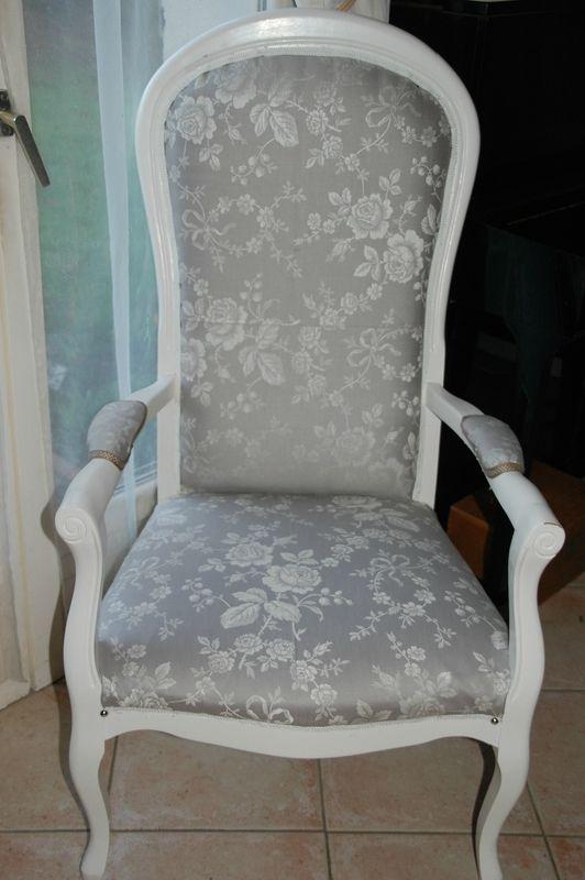 L 39 intouchable meubles peints et compagnie meubles peints mobilier de salon fauteuil - Meuble voltaire ...