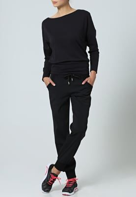 Bequeme Sportkleidung für aktive Tage. Venice Beach CALMA                       - Funktionsshirt - black für 39,95 € (21.04.16) versandkostenfrei bei Zalando bestellen.