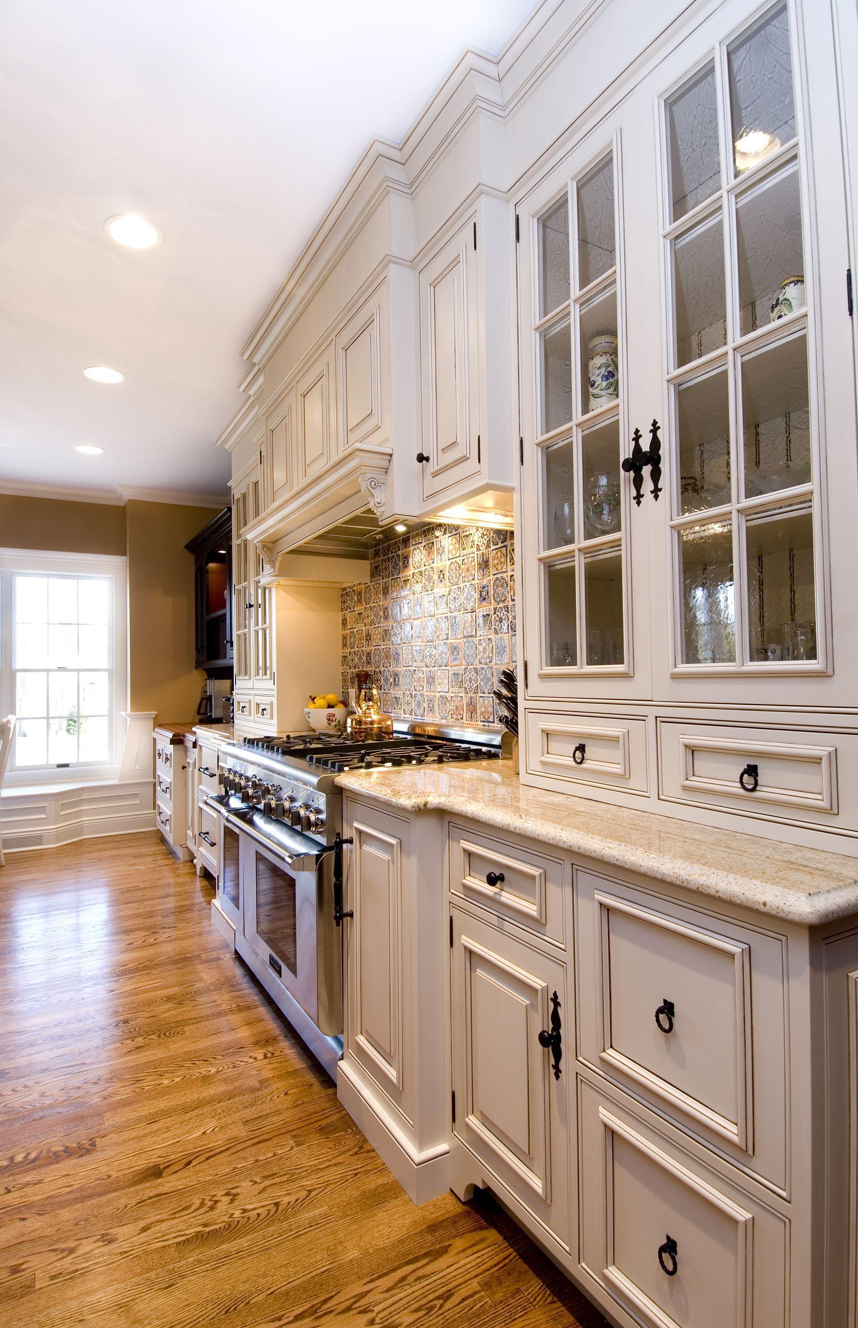kitchen hardware mix | Custom kitchens, Kitchen remodel ...