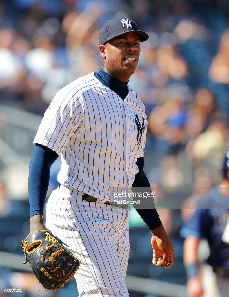 Tampa Bay Rays V New York Yankees Photos And Premium High Res Pictures New York Yankees Yankees Baseball Series