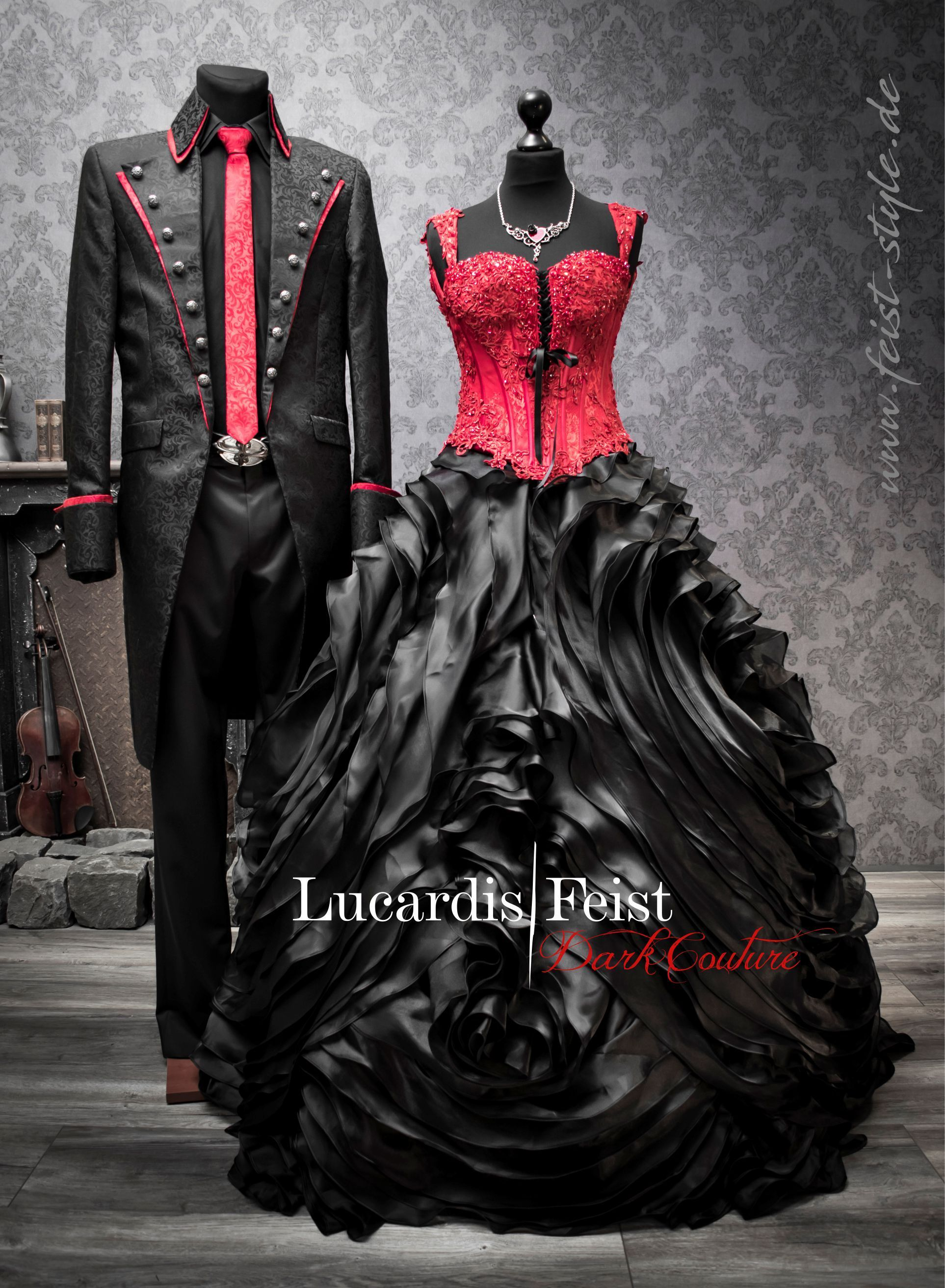 Black-Red Wedding Dress - The Original: Lucardis Feist – Dark
