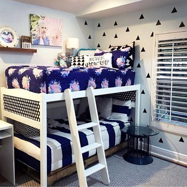 Boy girl shared room bunk beds need beddy 39 s zipper for Bedroom ideas for girls sharing a room