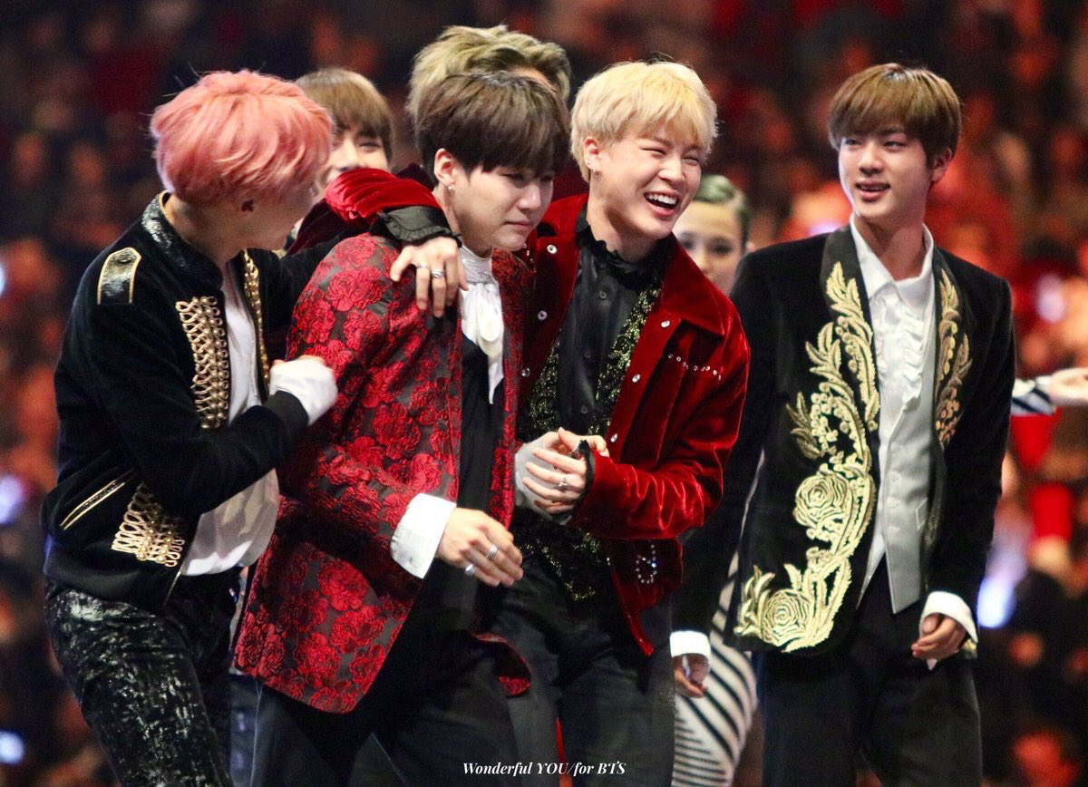 02/12/17 The Best Artist of the Years MAMA2016 BTS ユンギ