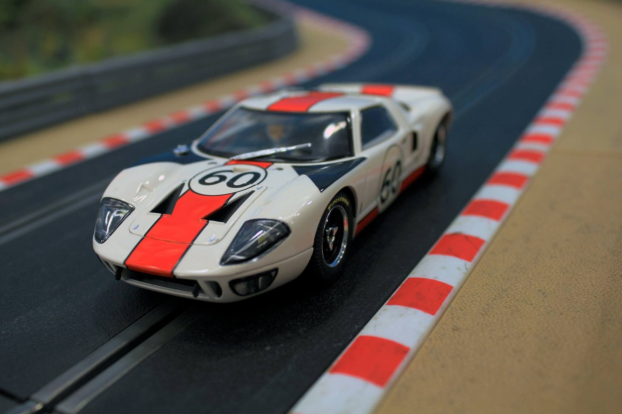 Scalextric Gt40 With Images Ho Slot Cars Slot Car Racing Slot Cars