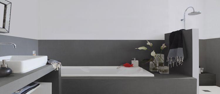 Une peinture pour salle de bain qui remplace le carrelage | maison ...
