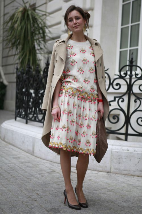 Loving this beautifully embellished dress with the trench thrown delicately over the shoulders. #PFW  WGSN street style, Paris Fashion Week
