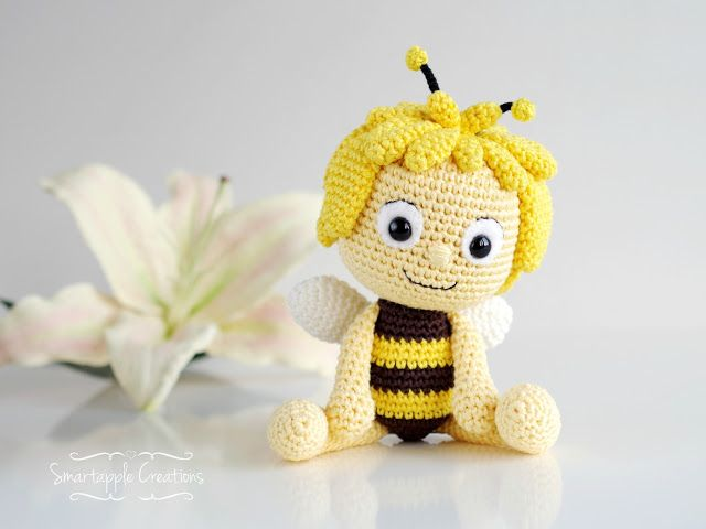 maya the bee by smartapple creations amigurumi. Black Bedroom Furniture Sets. Home Design Ideas