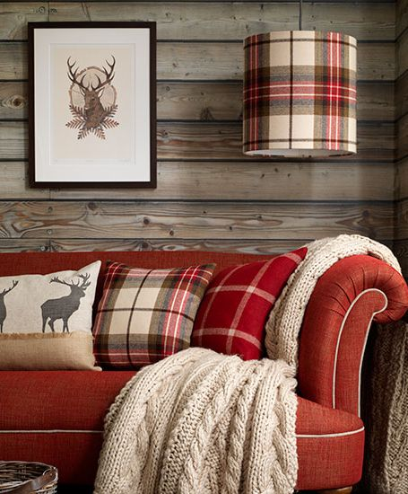 Woodsy Room In Tartan Rustic Living Room Country House Interior Country Living Room