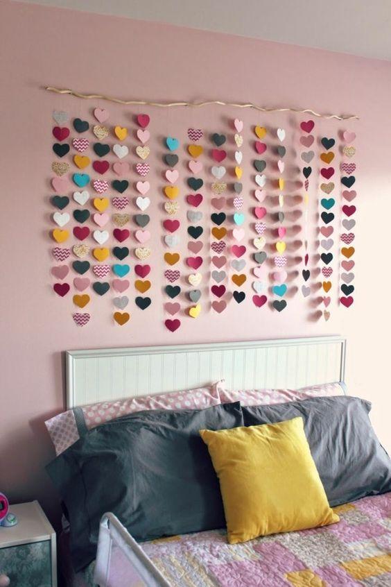 Schlafzimmer Ideen Wandgestaltung Mädchenzimmer Herzen Dekogirlande