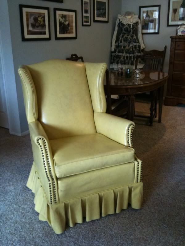 Bought this little gem at an estate sale for $10. Mine is very similar to this picture, just doesn't have the ruffle skirting. It is very much that lovely vintage greenish/yellow. Haha.
