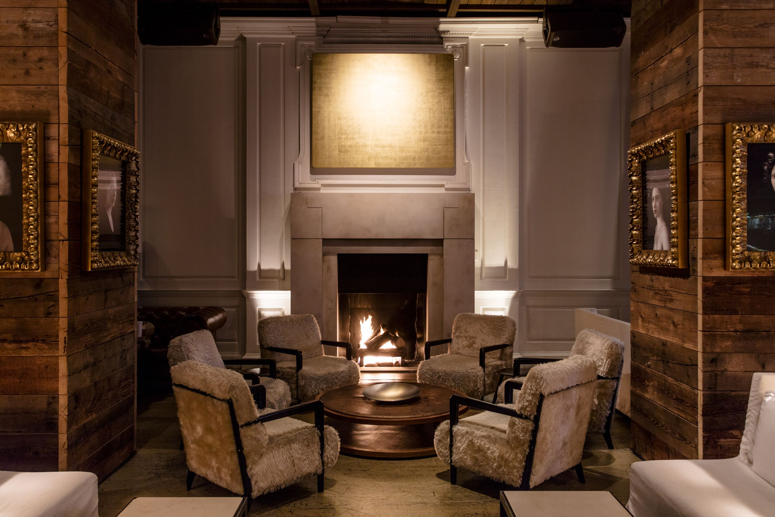30 Chicago Bars And Restaurants With Fireplaces Chicago Hotels Chicago Restaurants Fireplace Design