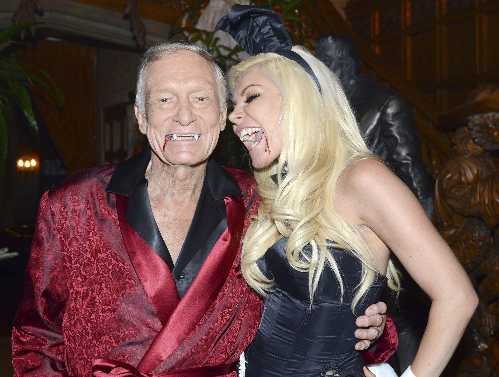 Celeb Pix: Inside Hugh Hefner's Halloween party at Playboy Mansion ...