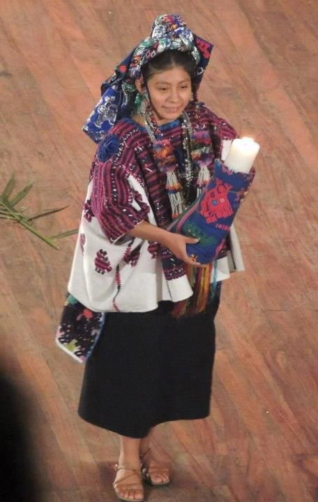Traje ceremonial de Santo Domingo Xenacoj, Sacatepequez.