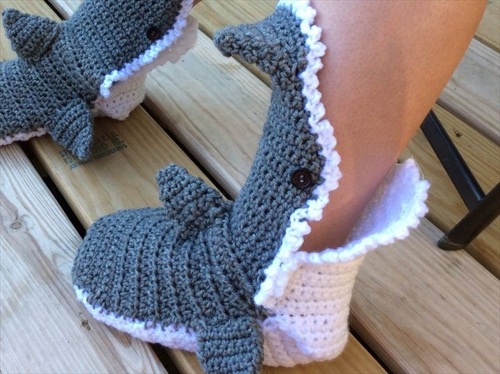 15 Easy To Make Crochet Baby Animals Slippers | Zapatos