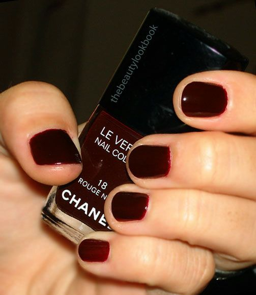 Chanel Rouge Noir Nail Polish The Truest Blood Red I Ve Ever Seen Also The Nail Polish Uma
