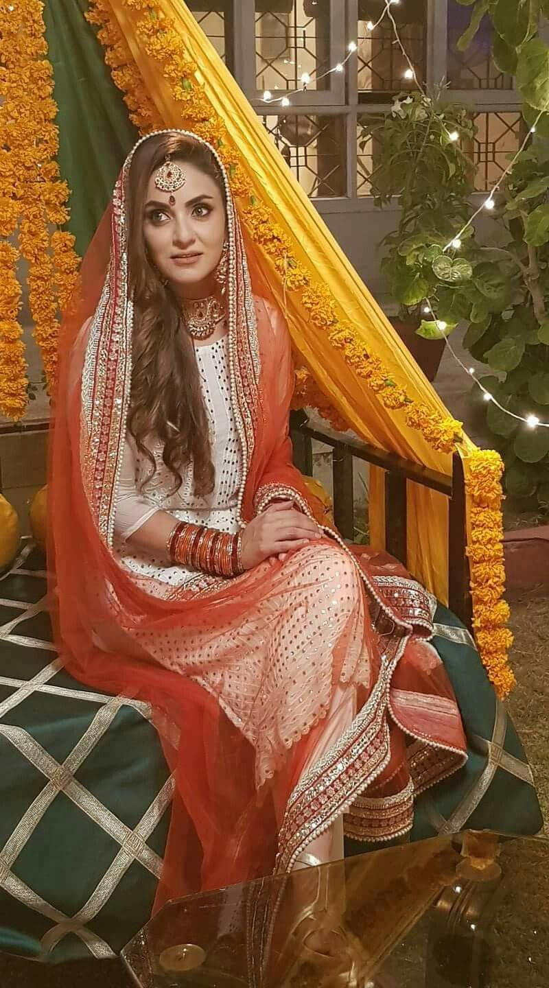 pictures Nadia Khan