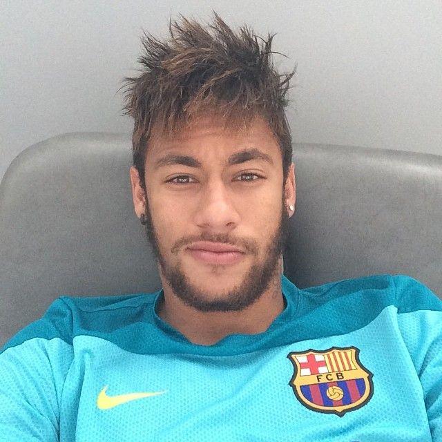 Neymar Da Silva Santos Junior Commonly Known As Neymar Or Neymar Jr Is A Brazilian Professional Footballer W Neymar Jr Selecao Brasileira Futebol Brasileiro