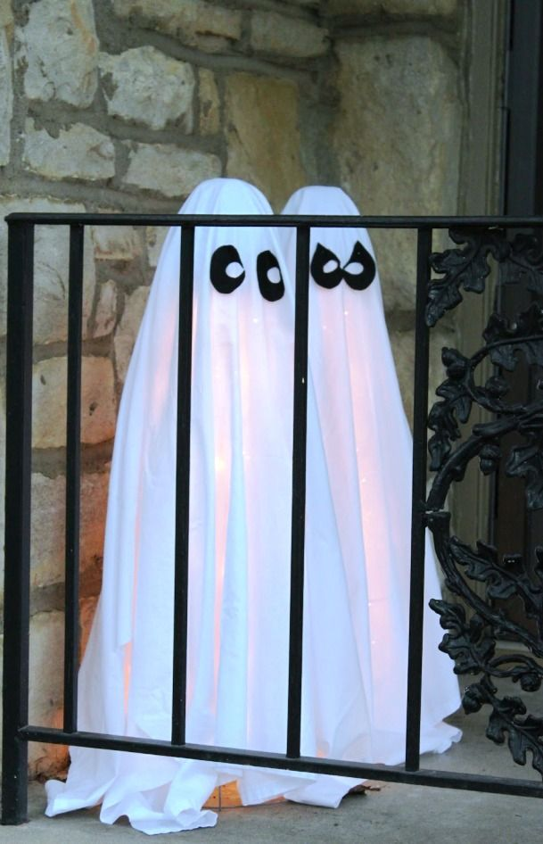 26 Ghosts Halloween Decorations Ideas Decoration